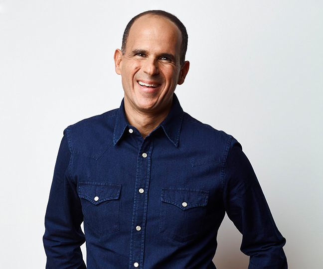 marcus lemonis in suit