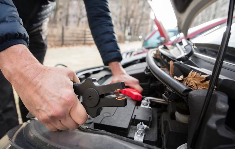 Dealing with a Dead RV Battery - Roadside Assistance