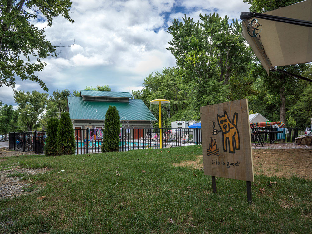 Camp Riverslanding Pigeon Forge Tn Rv Parks And