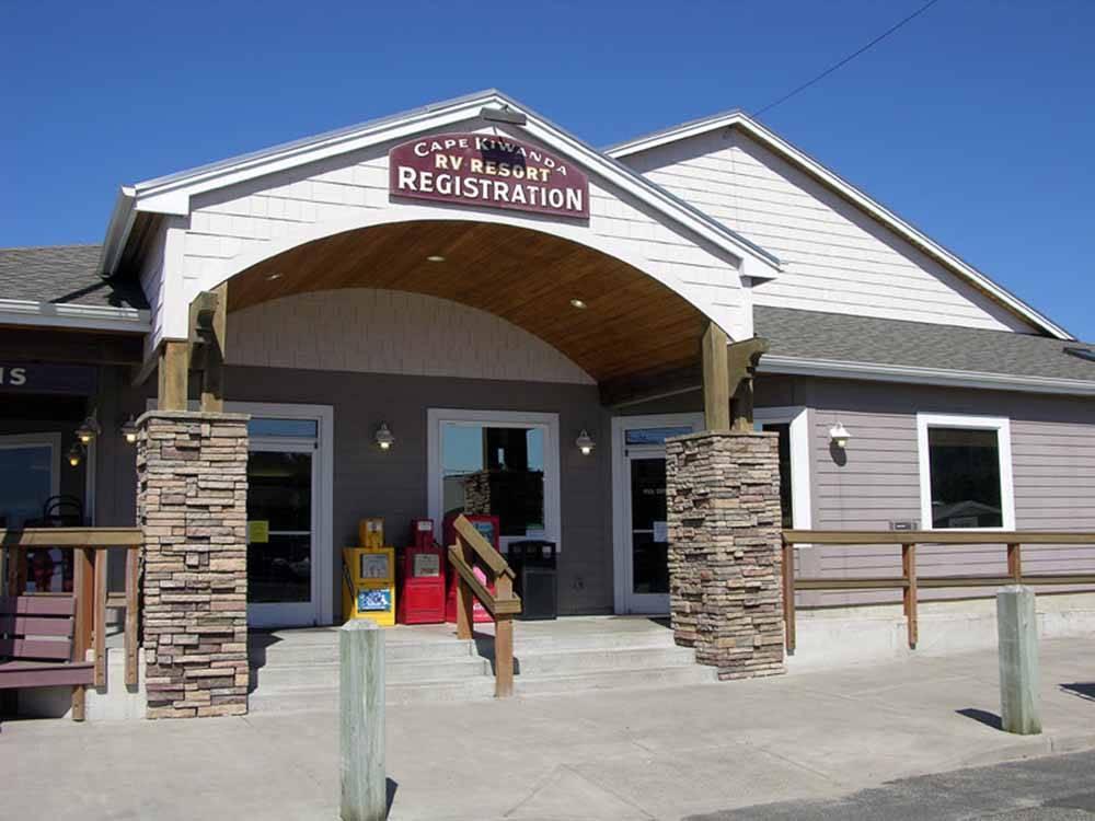 Cape kiwanda rv resort marketplace pacific city or for Pacific city oregon cabins