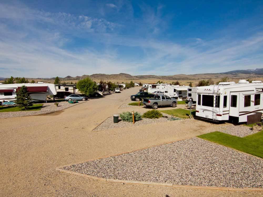 RV Parks in Ennis, Texas - Top 11 Campgrounds near Ennis, TX