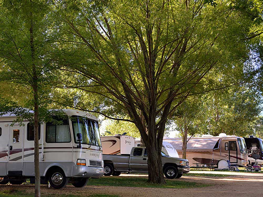 RUSTIC BARN CAMPGROUND  RV PARK at KIELER WI