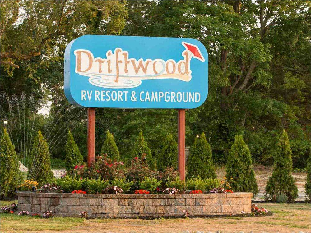Sign leading into campground at DRIFTWOOD RV RESORT  CAMPGROUND
