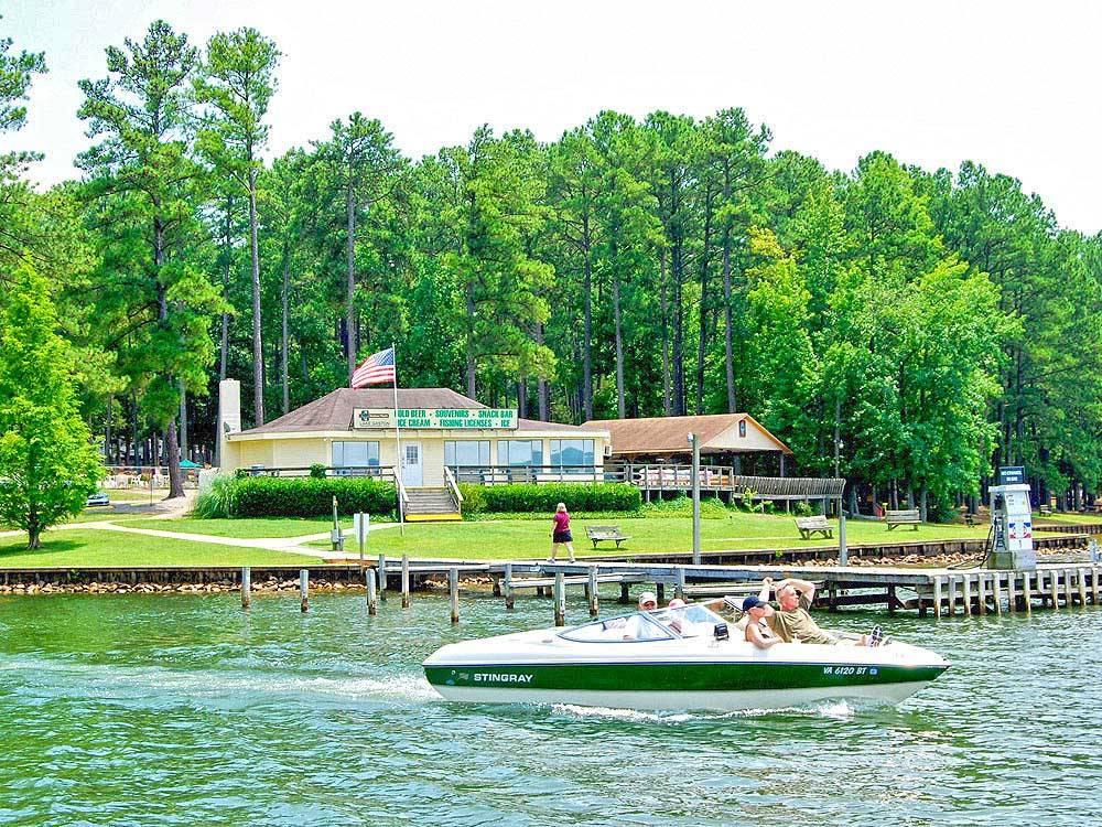 Lake Gaston Rv Camping Resort Littleton Campgrounds Good Sam Club