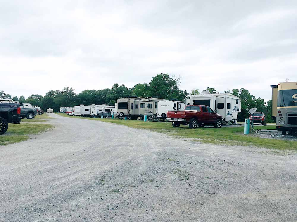 Gravel road leading into campground at PILGRIMS REST RV PARK