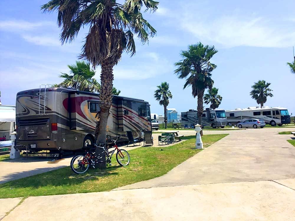 Sandpiper RV Resort - Galveston campgrounds | Good Sam Club