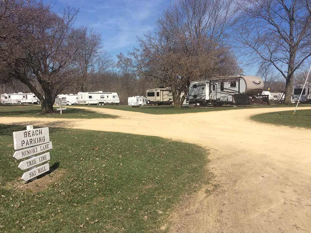 HANSENS HIDEAWAY RANCH  FAMILY CAMPGROUND at OREGON IL