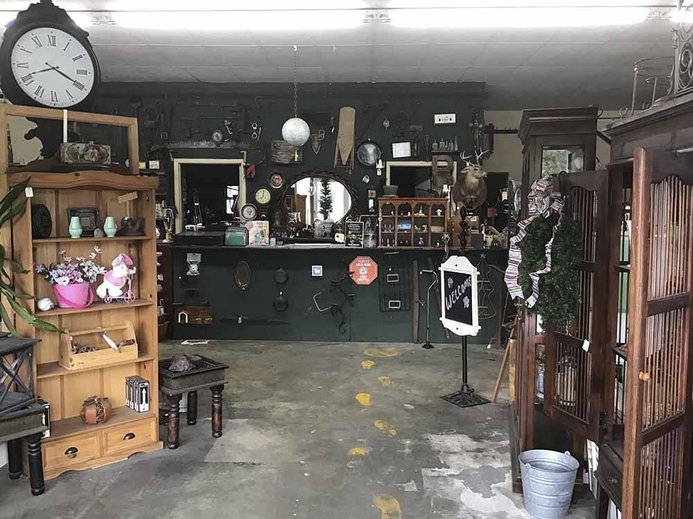 Biltmore rv park savannah campgrounds good sam club for Trailer rental savannah ga