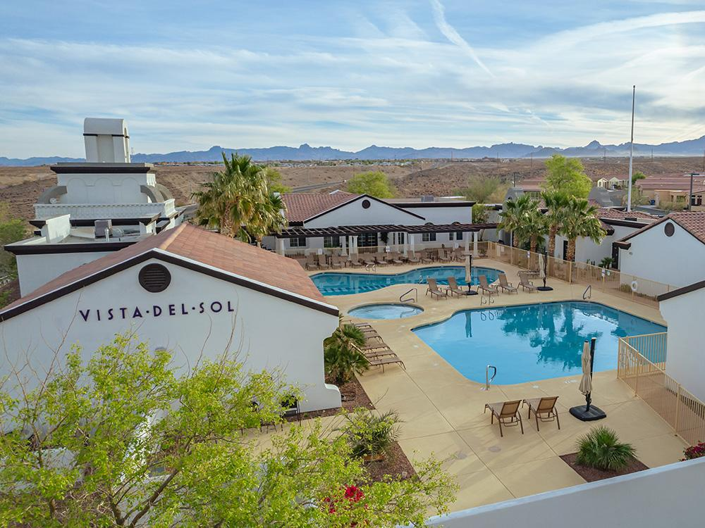 Swimming pool at VISTA DEL SOL RV RESORT