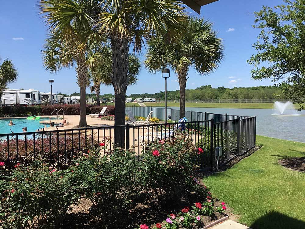 WESTLAKE RV RESORT at HOUSTON TX