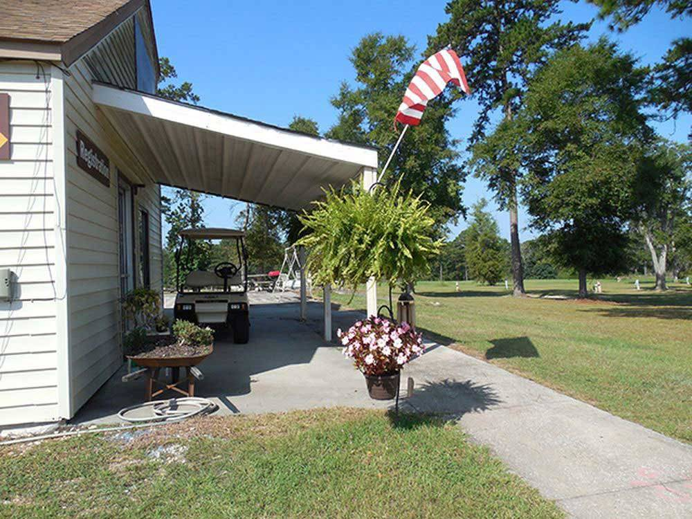 VALDOSTA OAKS RV PARK At GA