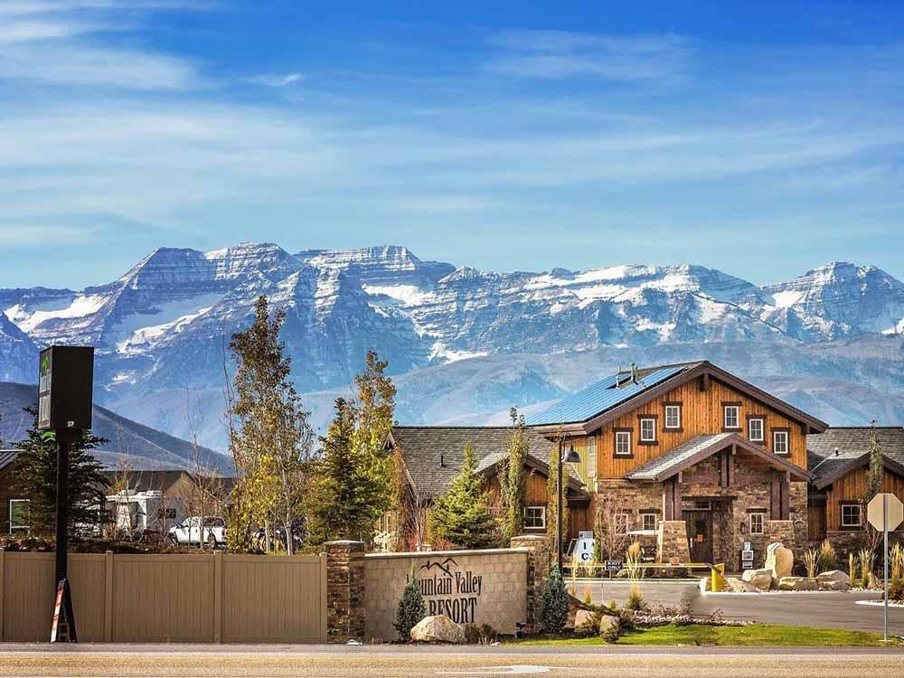 MOUNTAIN VALLEY RV RESORT at HEBER CITY UT