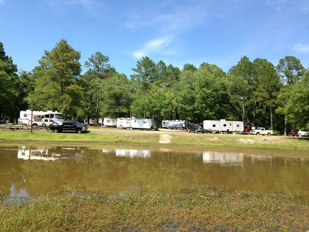 Lake eufaula ok tent camping for Camping cabins in oklahoma