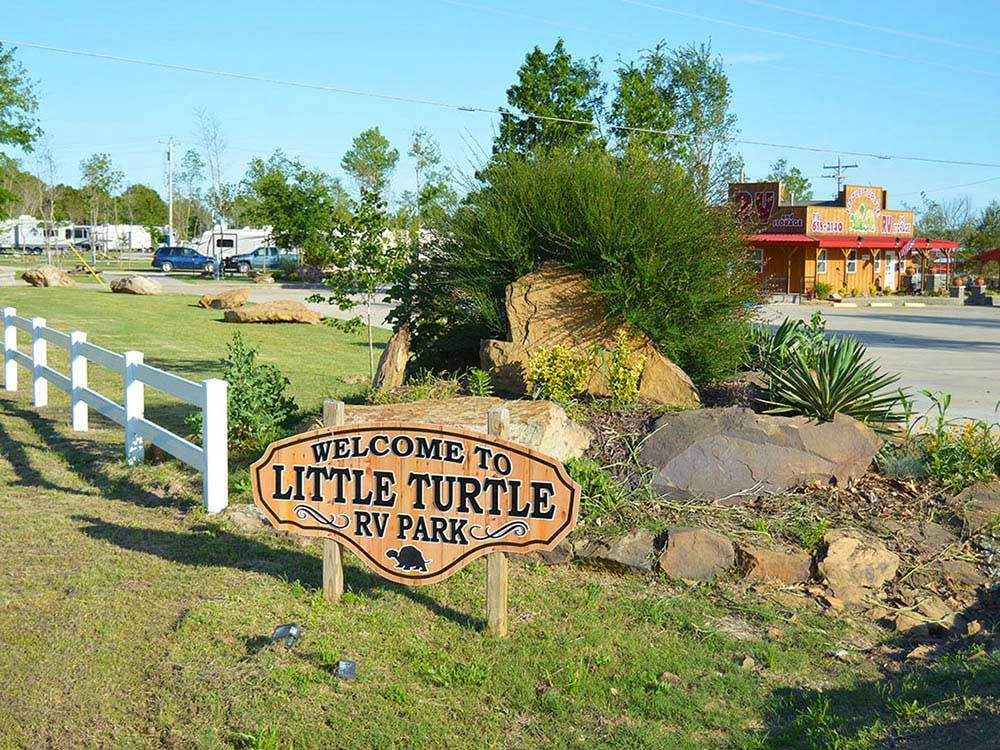Sign leading into campground at LITTLE TURTLE RV  STORAGE