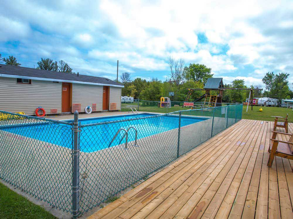 Swimming pool at CRAIGLEITH RV RESORT