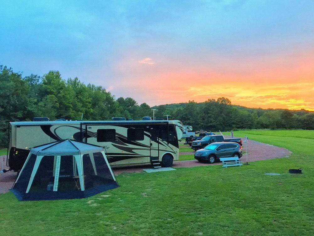 Tent and RV at QUAIL CREEK RV RESORT