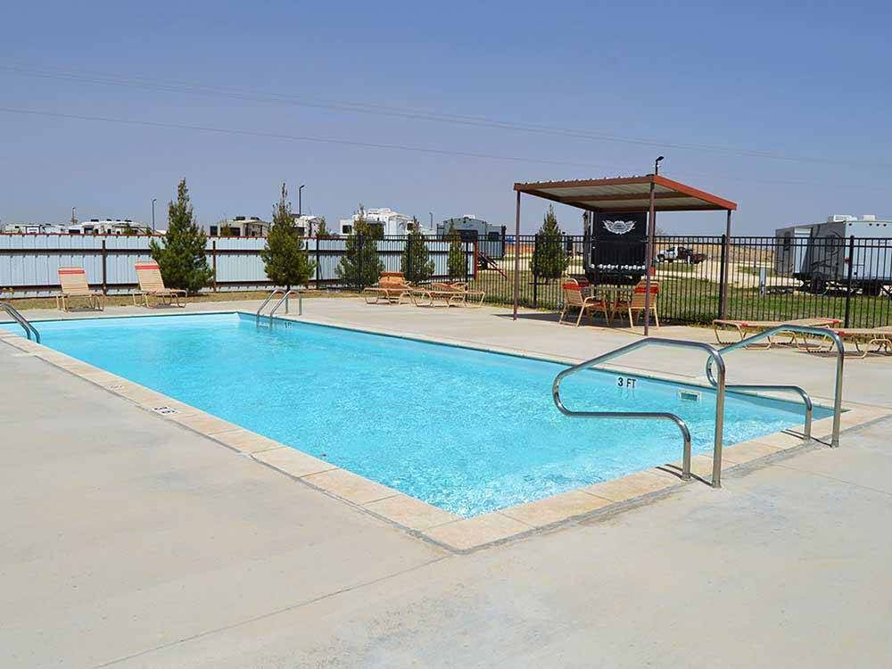 Swimming pool at campground at LONE WOLF CREEK RV VILLAGE