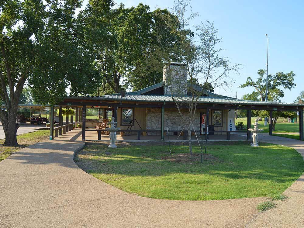Tyler Oaks Rv Resort Tyler Tx Rv Parks And