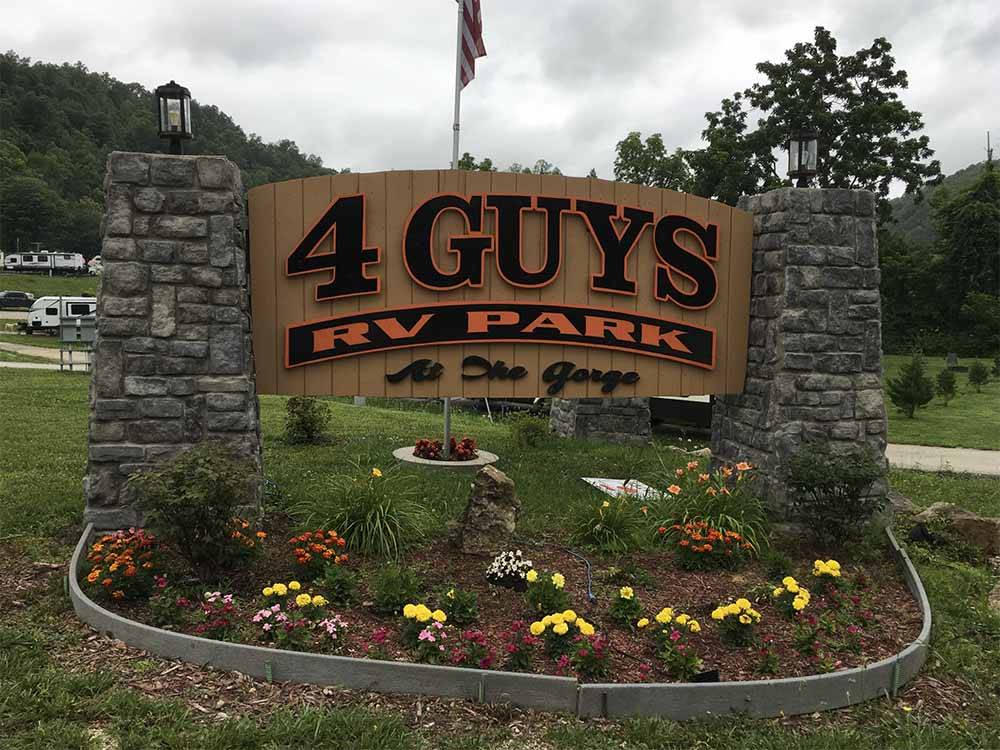 The front entrance sign at 4 GUYS RV PARK