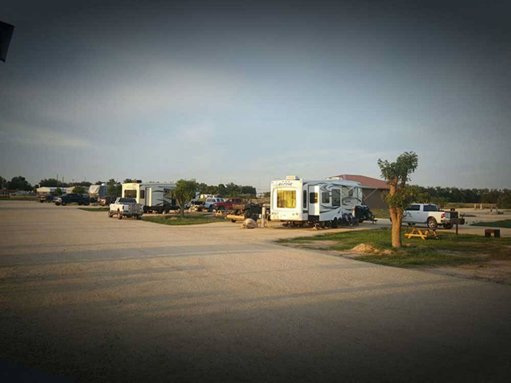 BUDS PLACE RV PARK at CARLSBAD NM