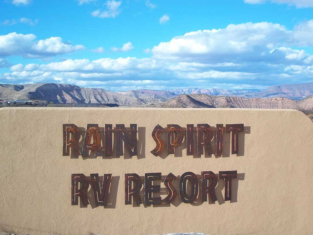Sign leading into campground resort at RAIN SPIRIT RV RESORT