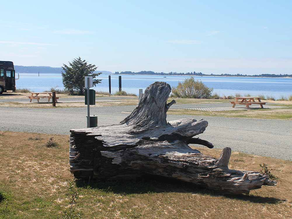 Sites with waterfront view at BAY POINT LANDING