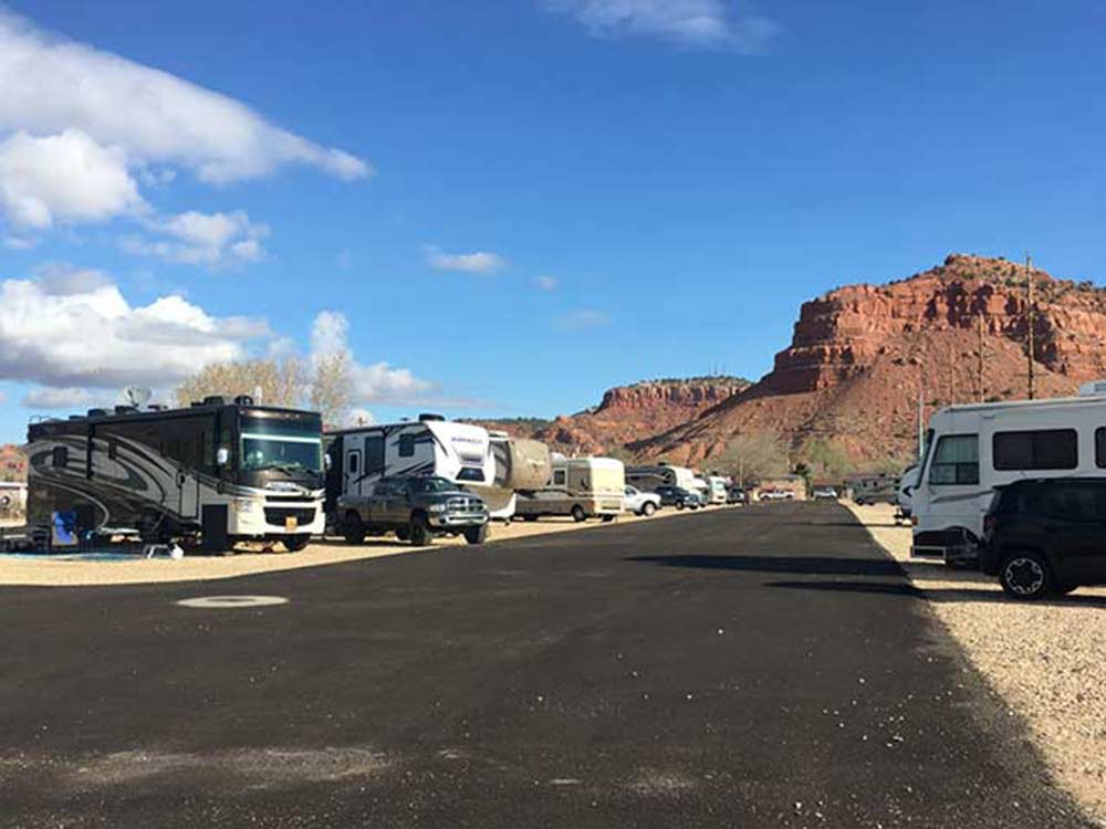RVs and trailers at campgrounds at J  J RV PARK