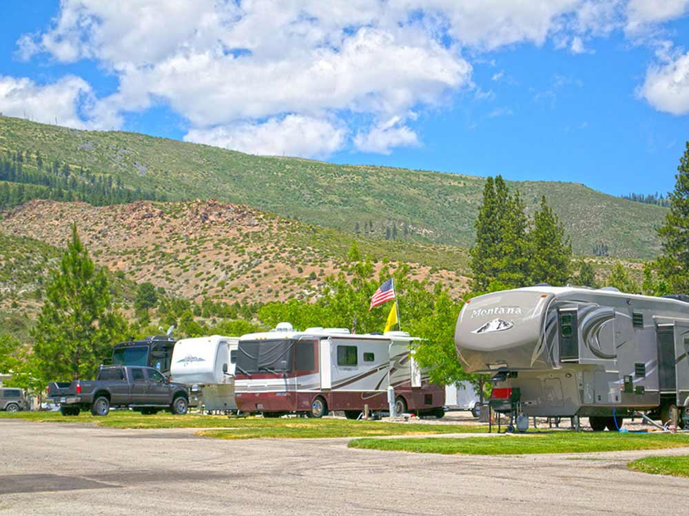 Trailers and RVs camping at GOLD RANCH CASINO  RV RESORT