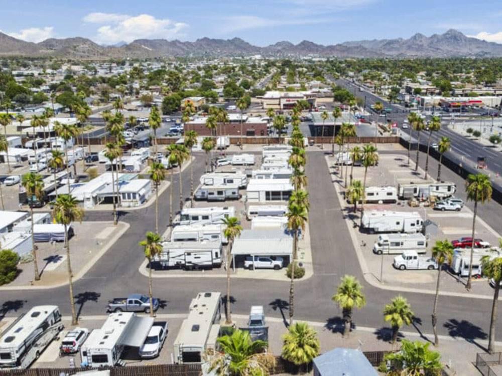 ROYAL PALM RV RESORT MHC At PHOENIX AZ