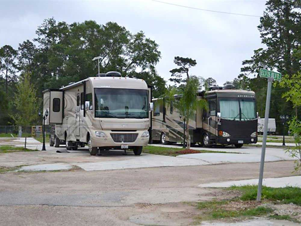 Twelve Oaks Rv Park Lake Charles Campgrounds Good Sam Club