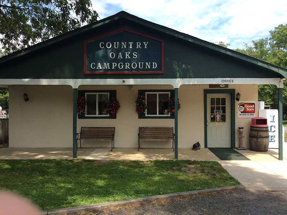 COUNTRY OAKS CAMPGROUND at DOROTHY NJ
