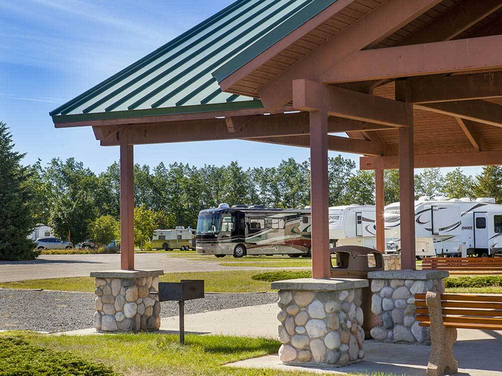 RVs and trailers at campgrounds at LITTLE RIVER CASINO RESORT RV PARK
