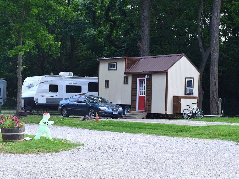 Riverside rv resort campground bartlesville ok rv for Camping cabins in oklahoma