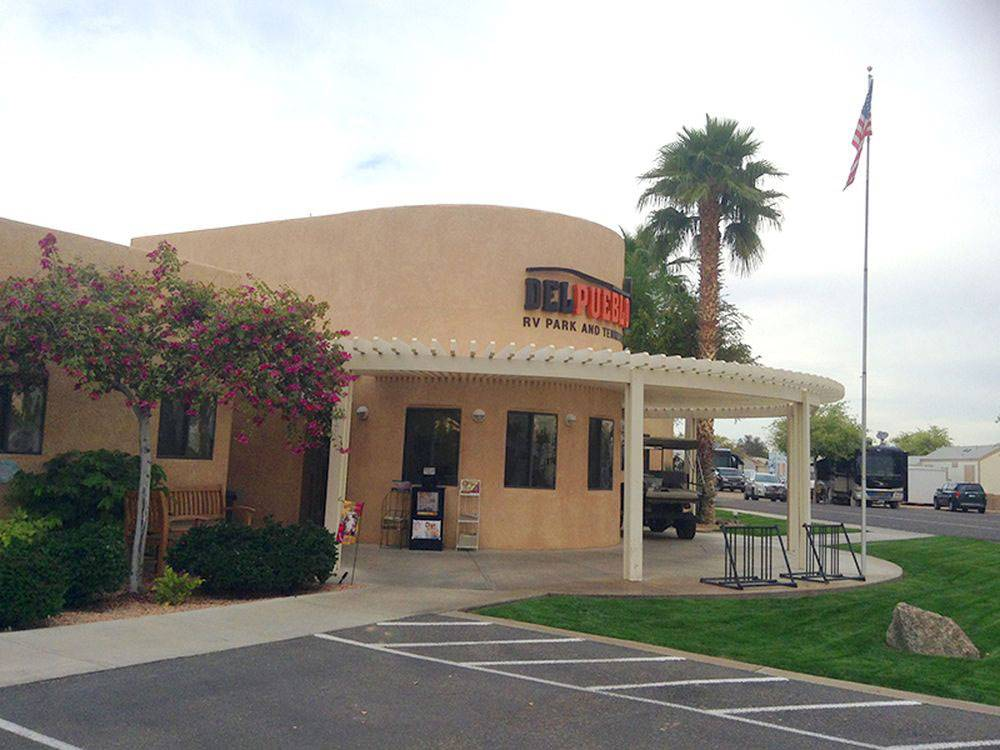 DEL PUEBLO RV PARK AND TENNIS RESORT At YUMA AZ
