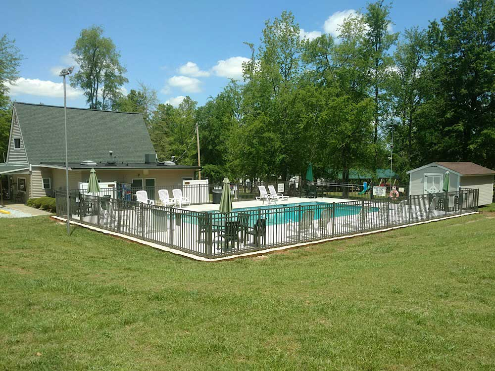 Swimming pool at campgrounds at MAGNOLIA RV PARK  CAMPGROUND