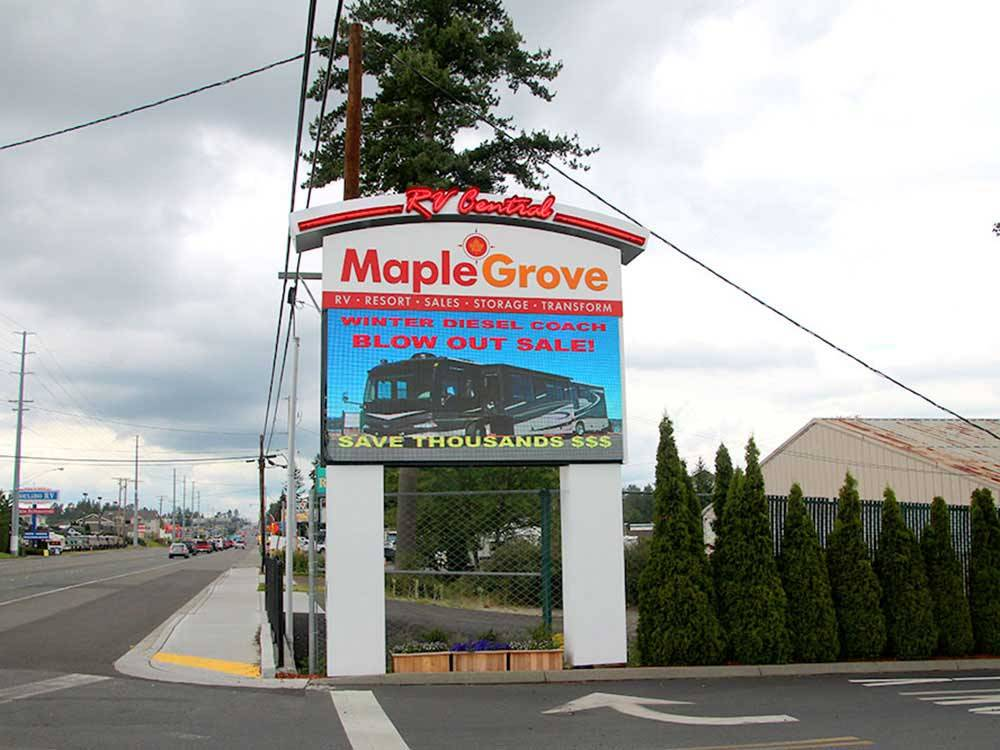 Maple Grove RV Resort - Everett campgrounds   Good Sam Club