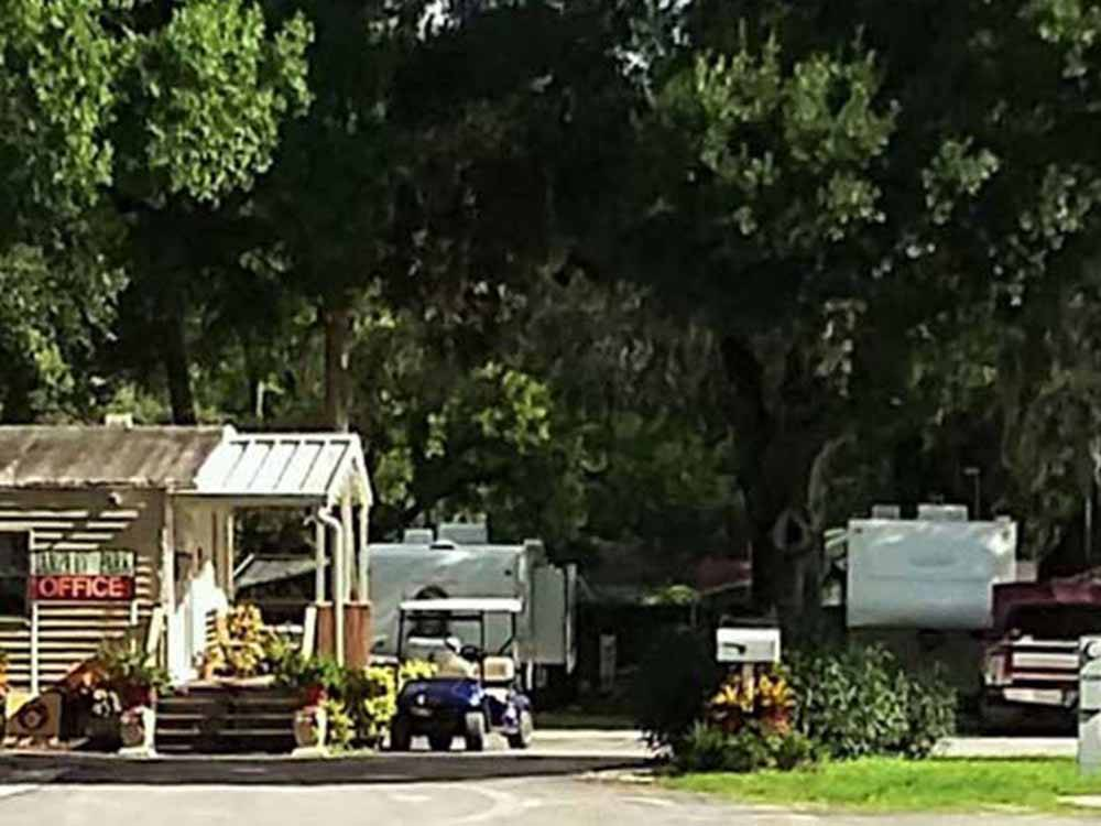 Tampa Rv Park Tampa Campgrounds Good Sam Club