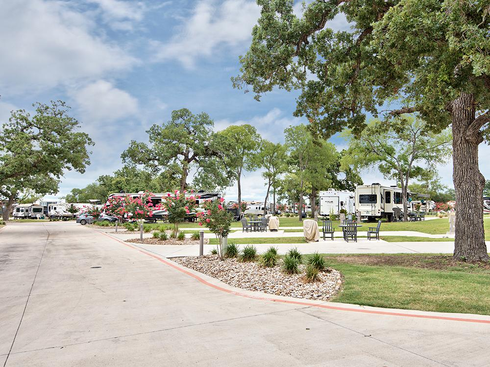 Oak Forest RV Park | Austin, TX - RV Parks and Campgrounds ...