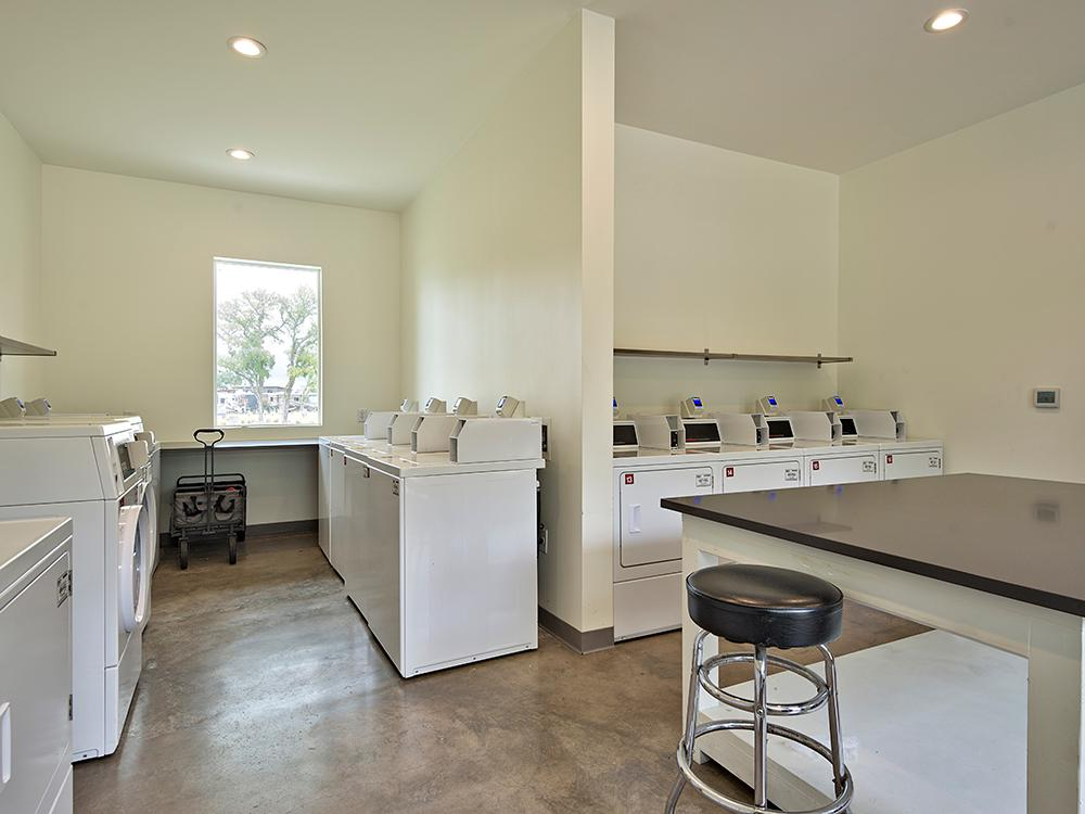 Oak Forest RV Park   Austin, TX - RV Parks and Campgrounds ...