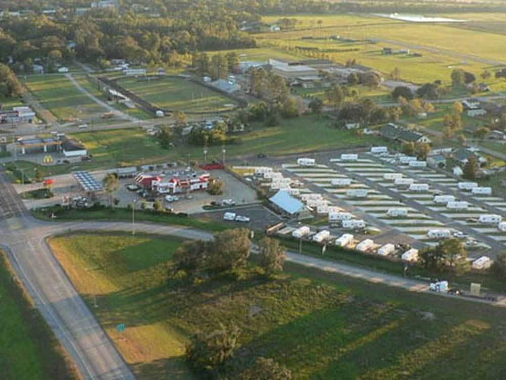 CYPRESS BEND RV PARK at IOWA LA