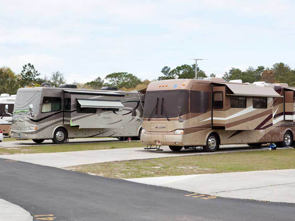 THREE LAKES RV RESORT at HUDSON FL
