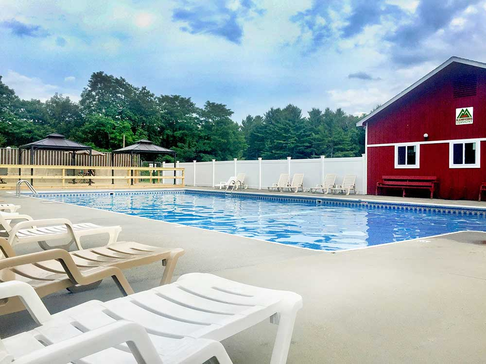 Swimming pool at campgrounds at KAMPFIRES CAMPGROUND INN  ENTERTAINMENT
