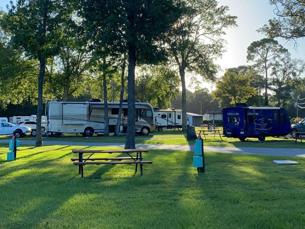 GOLDEN ISLES RV PARK At BRUNSWICK GA