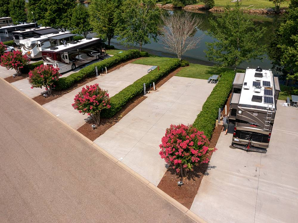 Two Rivers Landing Rv Resort Sevierville Campgrounds