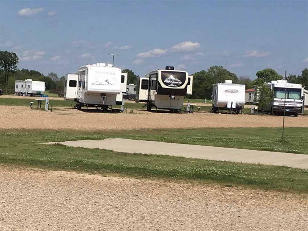 SUNRISE RV PARK at TEXARKANA AR