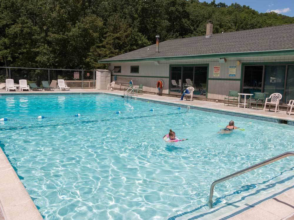 SILVER VALLEY CAMPSITES at BRODHEADSVILLE PA