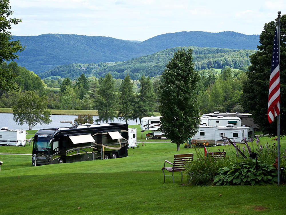 LAKE CHAMPAGNE RESORT VERMONT at RANDOLPH CENTER VT