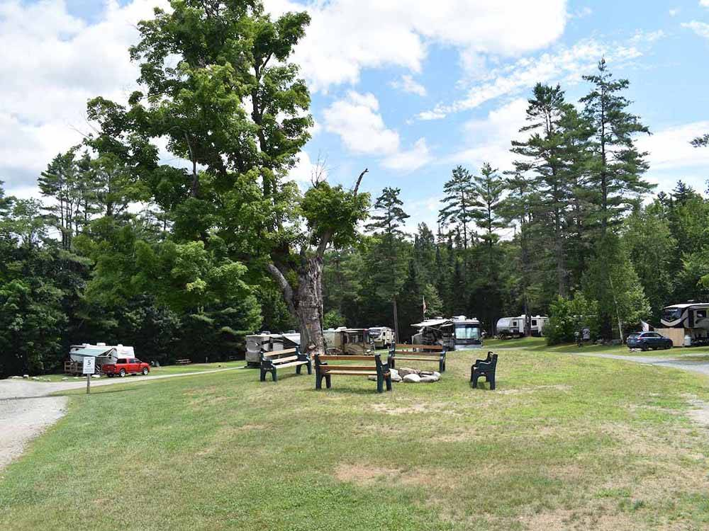 Hilltop Trailer Sales >> Crazy Horse Family Campground - Littleton campgrounds ...