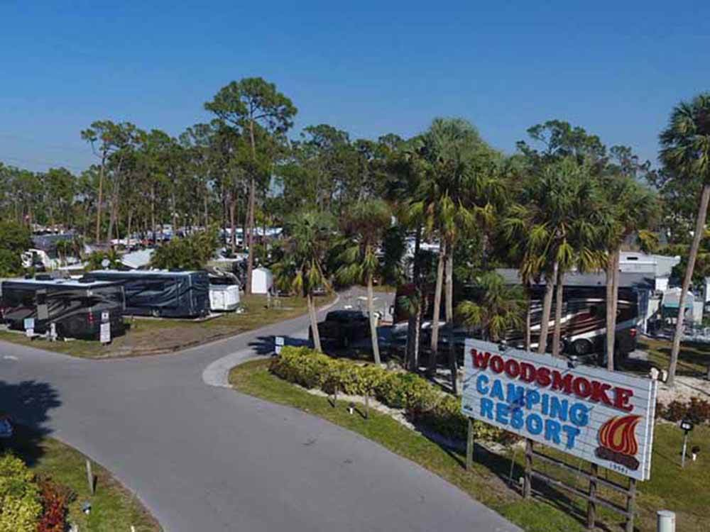 RVs camping at WOODSMOKE CAMPING RESORT