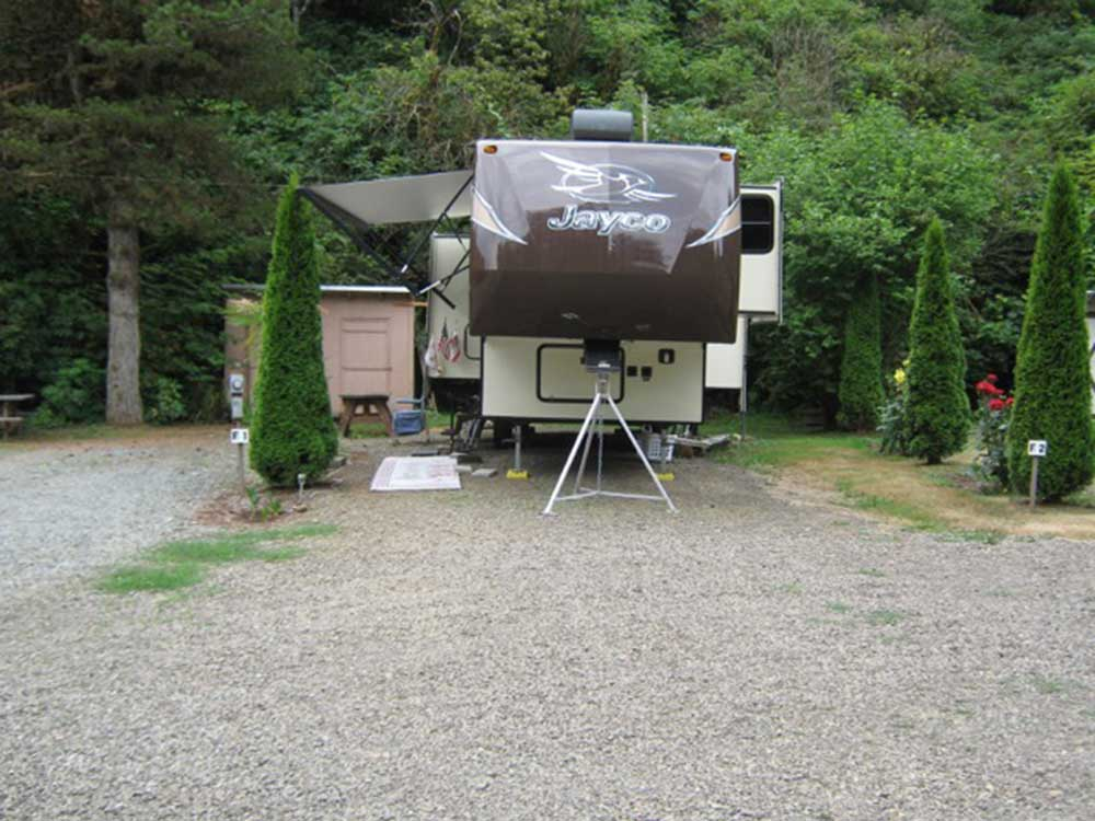 Trailer camping at CAMPER COVE GARDEN RV PARK  CAMPGROUND